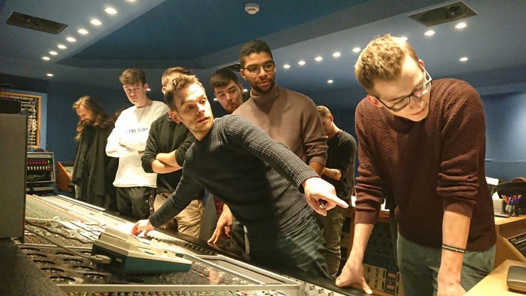 Stefano Civetta und die Graduates in der Regie von Studio 3